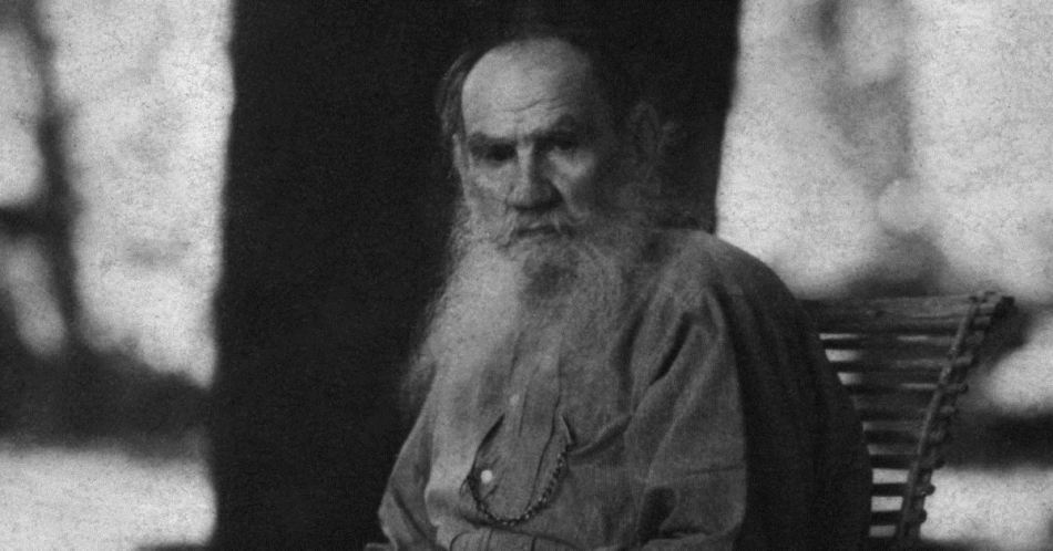 The russian writer LEO Nikolaevic TOLSTOY  ( 1828 - 1910 )